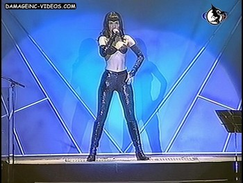 Natalia Oreiro hot curves at the theatre