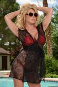 Corinna-Blake-The-Pussy-In-My-Pool-%28solo%29-y6mlv92g4q.jpg