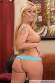 Joclyn Stone - My Friends Hot Mom (solo) 267e86uwev.jpg